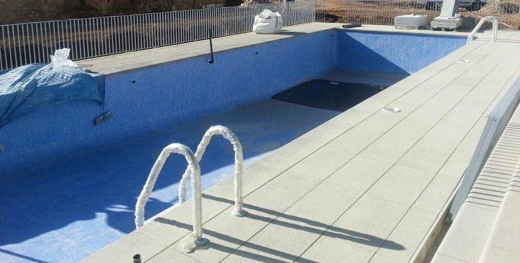 piedra-piscina-tarragona-construccion