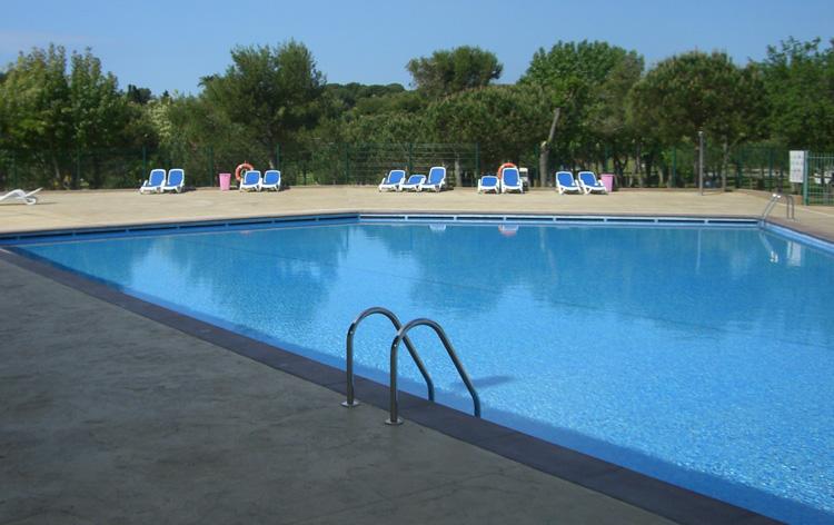 pedra-piscina-gran-format