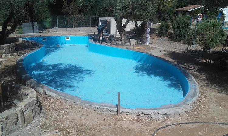 piedra-piscina-forma-personalizada-09