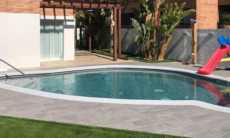 piscina-piedra-articial-con-forma-03