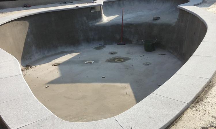 piscina-piedra-articial-con-forma-08
