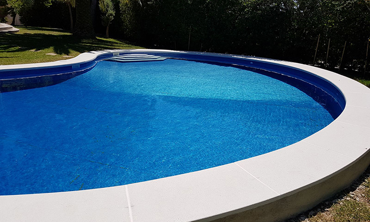 rehabilitacion-piscina-piedra-artificial-05